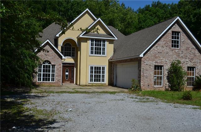 66157 Hickory Street, Mandeville, LA 70448 (MLS #2162852) :: Turner Real Estate Group
