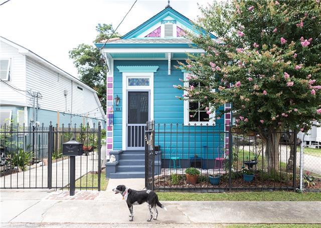 926 Lamanche Street, New Orleans, LA 70117 (MLS #2163024) :: Crescent City Living LLC