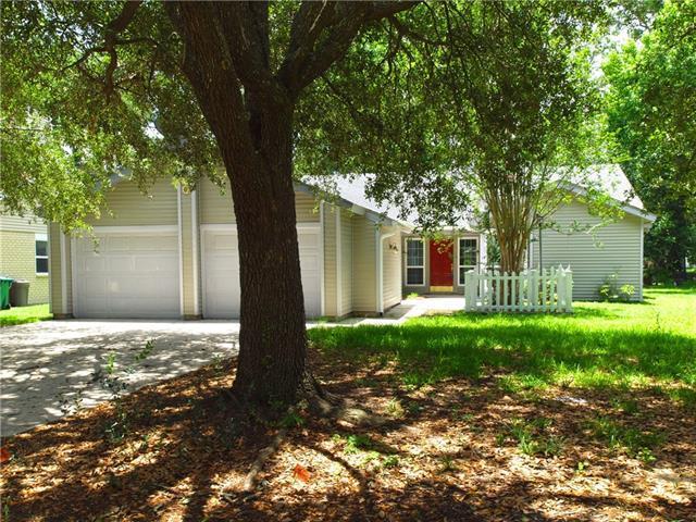 10 St Jean De Luz Avenue, Mandeville, LA 70448 (MLS #2163098) :: Turner Real Estate Group