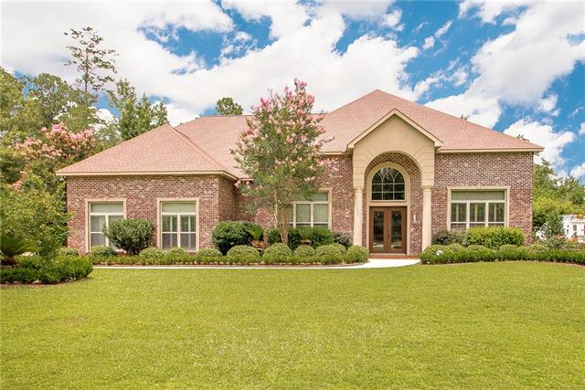 340 Pencarrow Circle, Madisonville, LA 70447 (MLS #2163135) :: Turner Real Estate Group