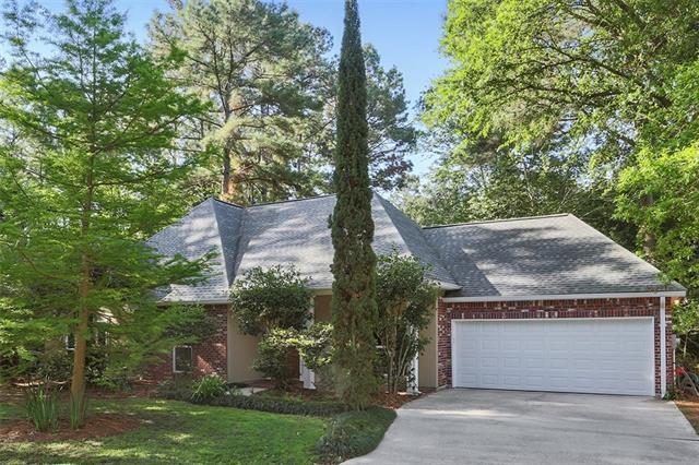 7131 Creekwood Drive, Mandeville, LA 70471 (MLS #2163373) :: Turner Real Estate Group