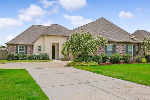 129 Laurel Oaks Road, Madisonville, LA 70447 (MLS #2163436) :: Turner Real Estate Group