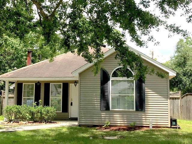 611 Nancy Street, Mandeville, LA 70448 (MLS #2163676) :: Turner Real Estate Group