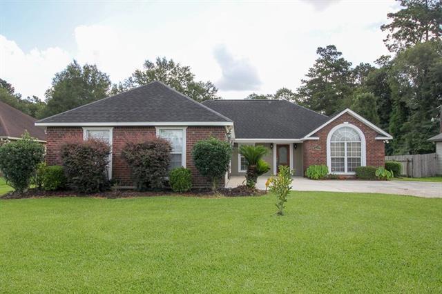 44217 Nicholas Circle, Hammond, LA 70403 (MLS #2163867) :: Turner Real Estate Group
