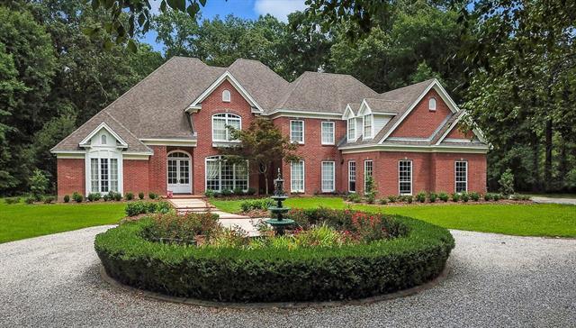 1275 Clausel Street, Mandeville, LA 70448 (MLS #2163868) :: Turner Real Estate Group