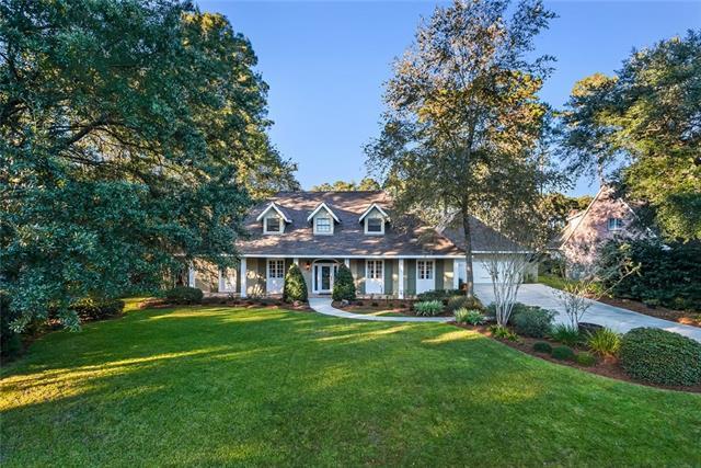 553 Beau Chene Drive, Mandeville, LA 70471 (MLS #2163989) :: Turner Real Estate Group