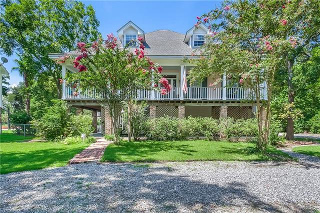 2724 South Street, Mandeville, LA 70448 (MLS #2164131) :: Turner Real Estate Group