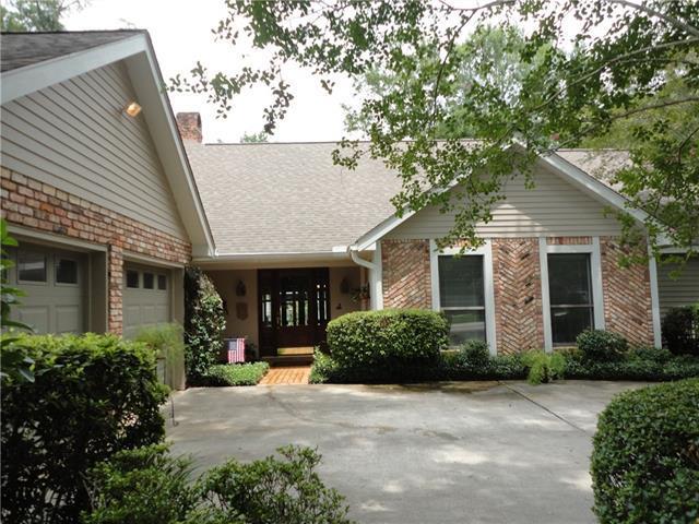807 Bonfouca Lane, Mandeville, LA 70471 (MLS #2164146) :: Turner Real Estate Group