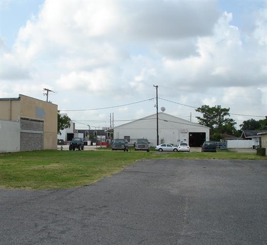 3230 S Interstate 10 Service West Road, Metairie, LA 70001 (MLS #2164189) :: Parkway Realty