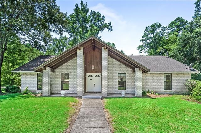 143 Rue Esplanade Drive, Slidell, LA 70461 (MLS #2164197) :: Crescent City Living LLC