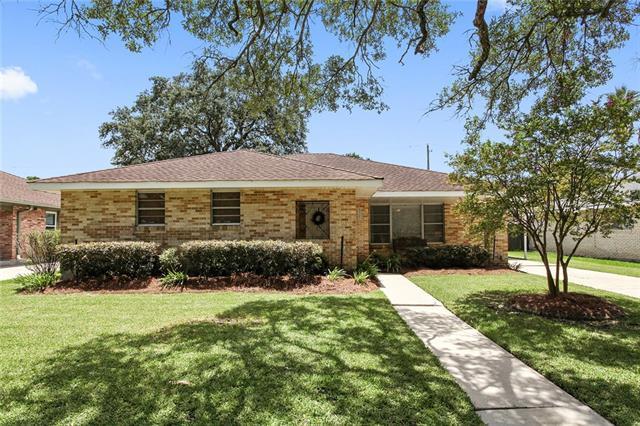 5327 Berkley Drive, New Orleans, LA 70131 (MLS #2164460) :: Turner Real Estate Group