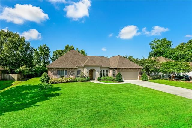 140 Acadian Lane, Mandeville, LA 70471 (MLS #2164513) :: Turner Real Estate Group