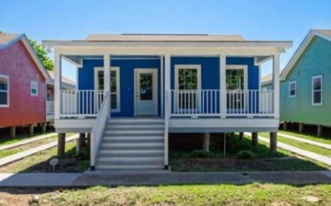 1005 Lamanche Street, New Orleans, LA 70117 (MLS #2164882) :: Crescent City Living LLC