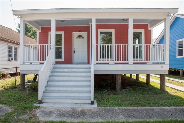 1013 Lamanche Street, New Orleans, LA 70117 (MLS #2164889) :: Crescent City Living LLC