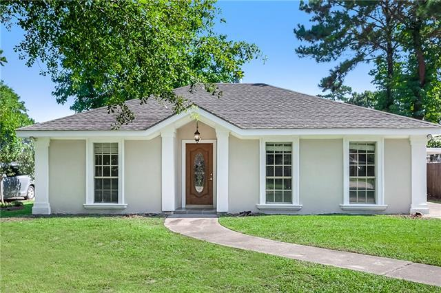 406 W Bon Temps Roule, Mandeville, LA 70471 (MLS #2164893) :: Turner Real Estate Group