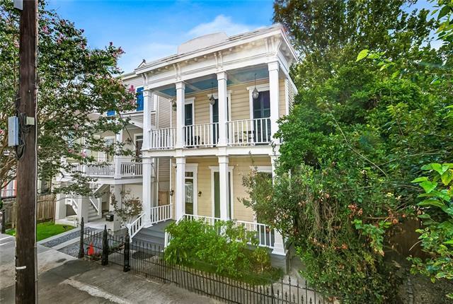 1822 Hastings Place, New Orleans, LA 70130 (MLS #2164895) :: Crescent City Living LLC