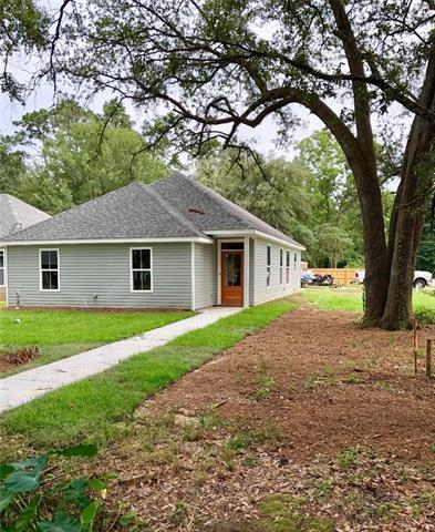 22 Deforest Drive, Madisonville, LA 70447 (MLS #2164993) :: Turner Real Estate Group