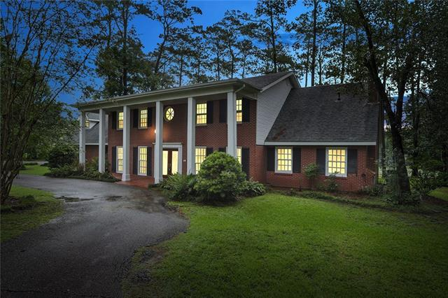 20 Country Club Park, Covington, LA 70433 (MLS #2165134) :: Turner Real Estate Group