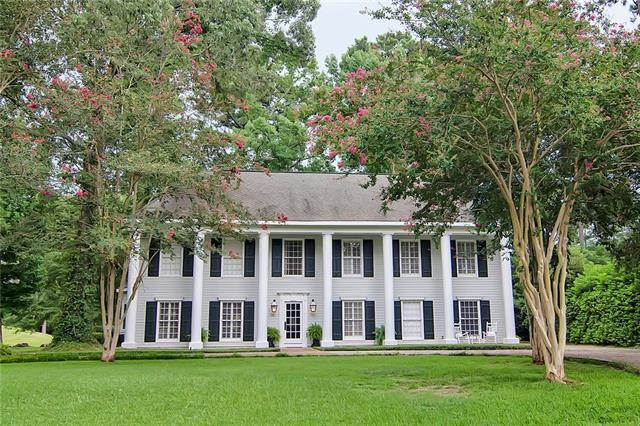 126 Longwood Dr Drive, Mandeville, LA 70471 (MLS #2165201) :: Crescent City Living LLC