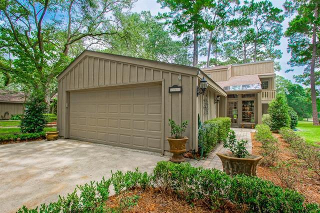 645 N Beau Chene Drive #1, Mandeville, LA 70471 (MLS #2165267) :: Turner Real Estate Group