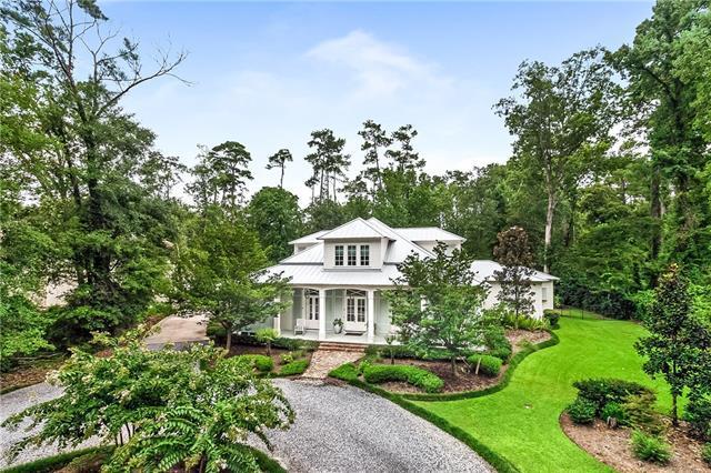 27 Oaklawn Drive, Covington, LA 70433 (MLS #2165609) :: Turner Real Estate Group