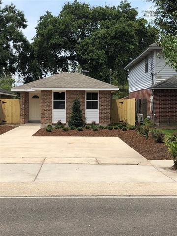 678 Oak Avenue, Harahan, LA 70123 (MLS #2165737) :: Parkway Realty