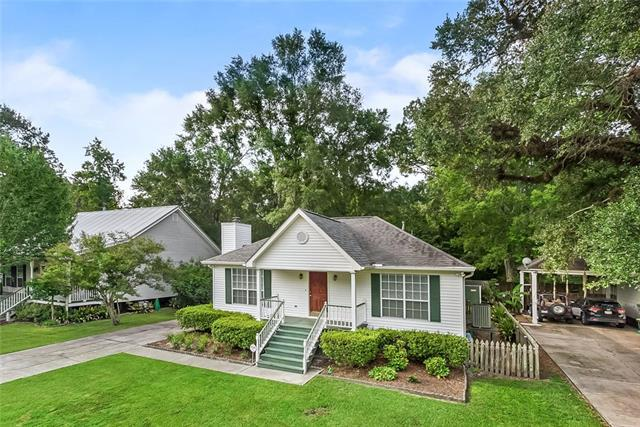 102 Woods Drive, Madisonville, LA 70447 (MLS #2165835) :: Turner Real Estate Group
