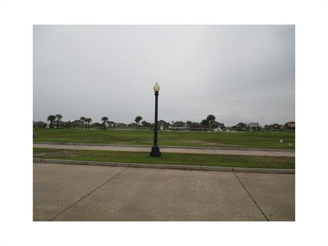 1453 Lakeshore Boulevard, Slidell, LA 70461 (MLS #2167384) :: Watermark Realty LLC