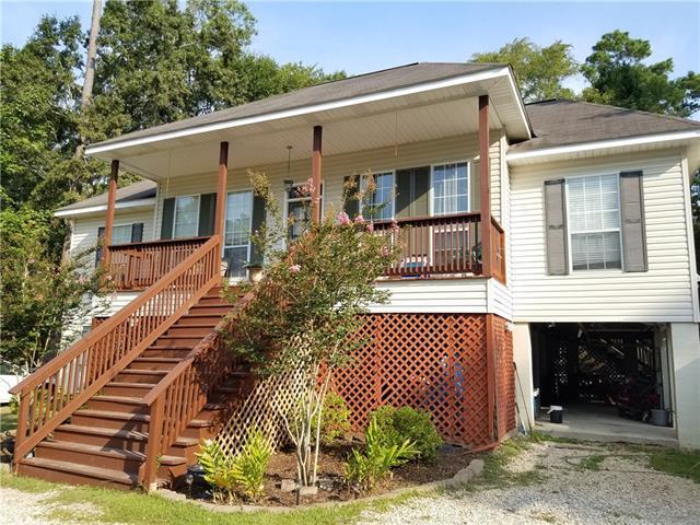 813 Canary Pine Court, Mandeville, LA 70471 (MLS #2167685) :: Watermark Realty LLC