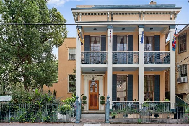 1726 Prytania Street, New Orleans, LA 70130 (MLS #2167752) :: Turner Real Estate Group