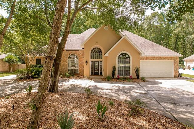 317 Stonehaven Drive, Mandeville, LA 70471 (MLS #2168760) :: Parkway Realty