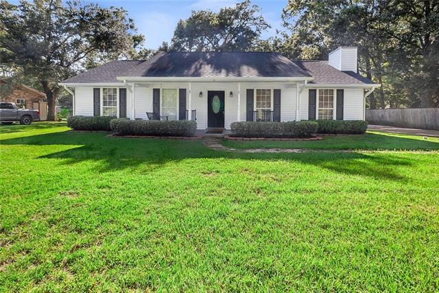 66 Helen Drive, Madisonville, LA 70447 (MLS #2168997) :: Turner Real Estate Group