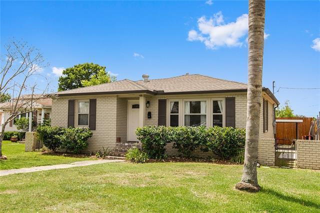 218 Mandarin Street, Metairie, LA 70005 (MLS #2169462) :: Crescent City Living LLC