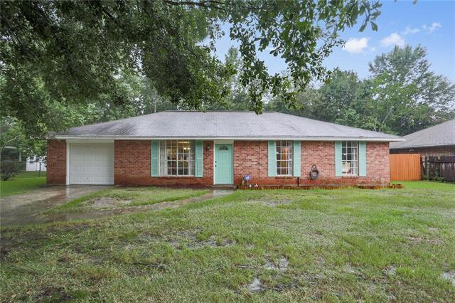 1441 Fremaux Avenue, Slidell, LA 70458 (MLS #2169501) :: Parkway Realty