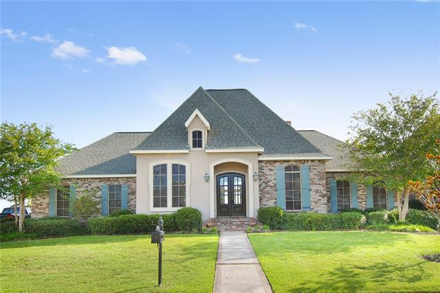 223 Azores Drive, Slidell, LA 70458 (MLS #2169570) :: Crescent City Living LLC