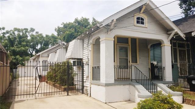 2426 St Bernard Avenue, New Orleans, LA 70119 (MLS #2169572) :: Turner Real Estate Group