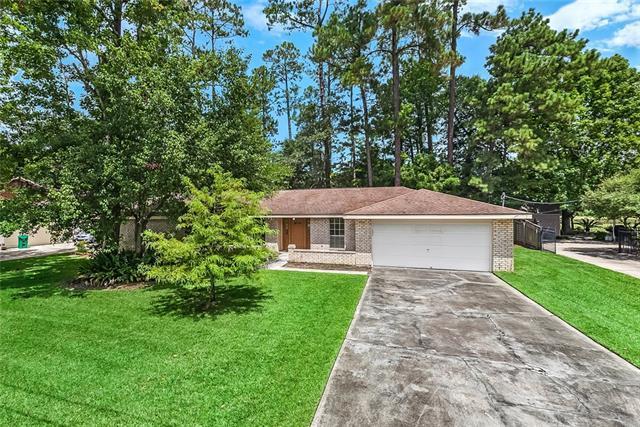 438 Country Club Boulevard, Slidell, LA 70458 (MLS #2169667) :: Turner Real Estate Group