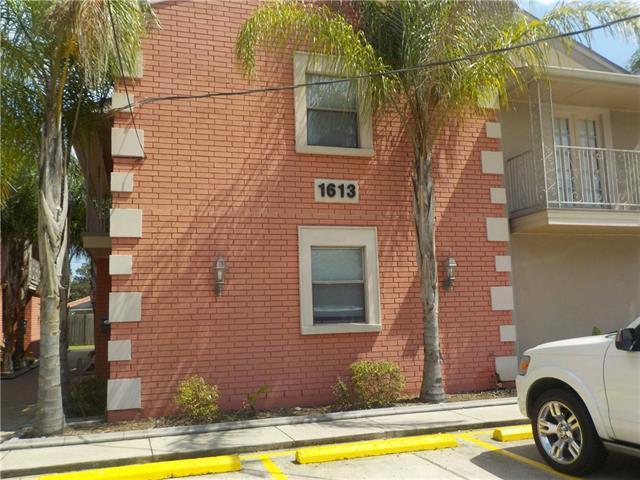 1613 Clearview Parkway, Metairie, LA 70001 (MLS #2169753) :: Crescent City Living LLC