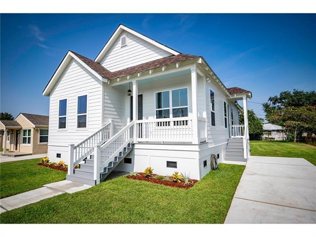 408 Norton Avenue, Arabi, LA 70032 (MLS #2170664) :: Crescent City Living LLC