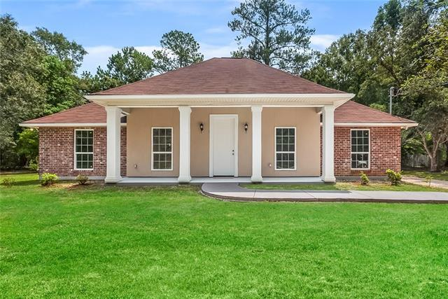62056 Snow Street, Lacombe, LA 70445 (MLS #2170936) :: Turner Real Estate Group