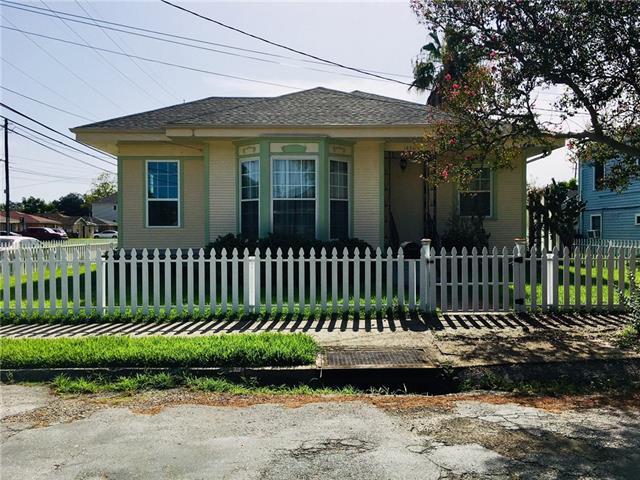 1898 Saltus Street, New Orleans, LA 70119 (MLS #2171310) :: Crescent City Living LLC