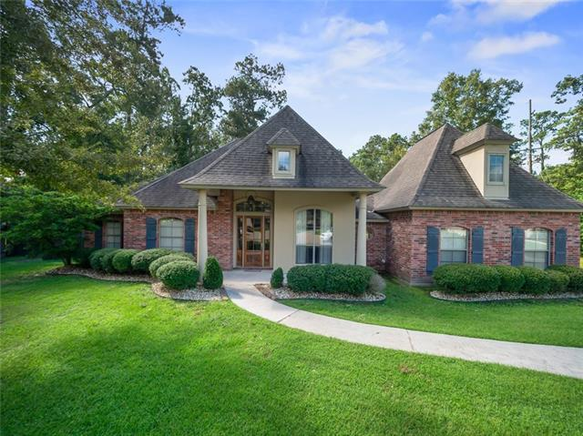 102 Osceola Court, Mandeville, LA 70471 (MLS #2171821) :: Turner Real Estate Group