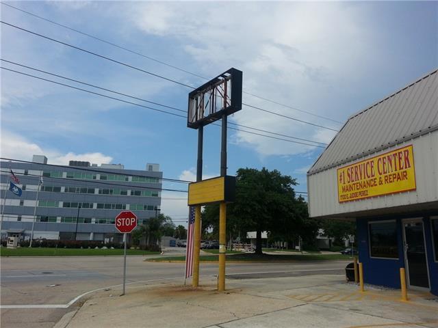 1700 E Judge Perez Highway, Chalmette, LA 70043 (MLS #2172184) :: Amanda Miller Realty