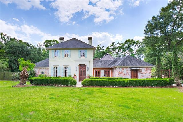 15766 Philemon Thomas Drive, Baton Rouge, LA 70809 (MLS #2172245) :: Turner Real Estate Group