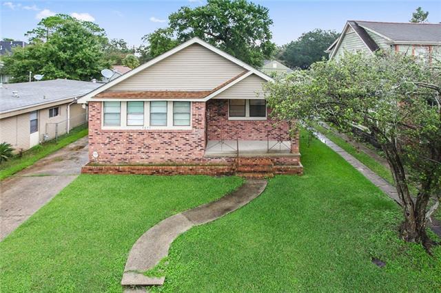 4675 Spain Street, New Orleans, LA 70122 (MLS #2172451) :: Crescent City Living LLC