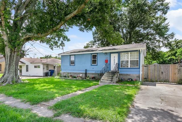 2600 Hero Drive, Gretna, LA 70053 (MLS #2172524) :: Crescent City Living LLC