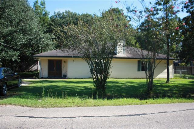 20139 Quincy Avenue, Covington, LA 70433 (MLS #2172527) :: Watermark Realty LLC