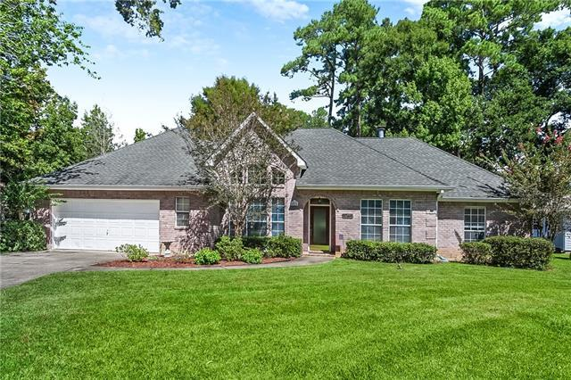 4070 Azalea Court, Mandeville, LA 70448 (MLS #2173115) :: Turner Real Estate Group