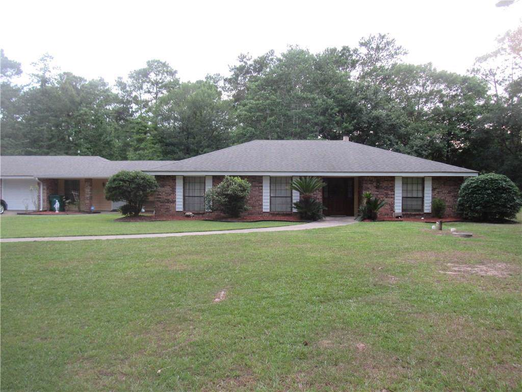 129 Rue D'azur, Slidell, LA 70461 (MLS #2173356) :: Crescent City Living LLC