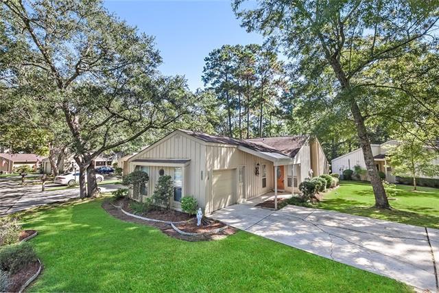645 N Beau Chene Drive #8, Mandeville, LA 70471 (MLS #2173472) :: Turner Real Estate Group